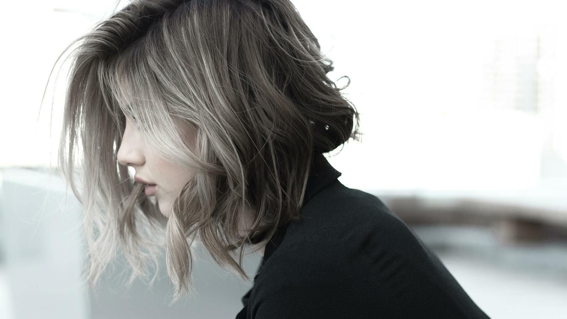 Découvrez la tendance Smoky Hair INOA dans votre salon Épi'Tête à St-Égrève !