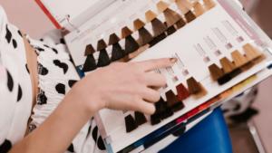 Coloration cheveux : comment bien choisir sa coloration ?
